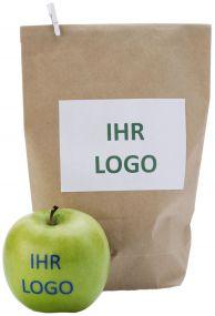 Braune Papiertüte mit Aufkleber-Etikett als Verpackung