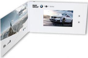 """Klappkarte mit integriertem HD- und IPS Farbmonitor """"VIDEOcard mit 5 Zoll HD- und IPS Display"""" als Werbeartikel"""