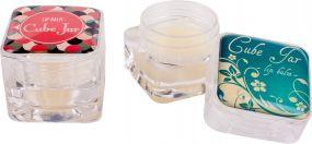 Lippenpflege im clearen Kubus Lipcare Cube