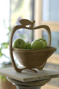 Obstkorb und Untersetzer aus Bambus